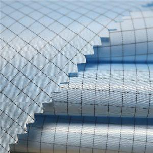 Tela tejida antiestática del poliéster de la tela cruzada de 5m m para las prendas antiestáticas